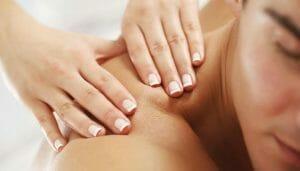 idea regalo per uomo stressato, massaggio rilassante