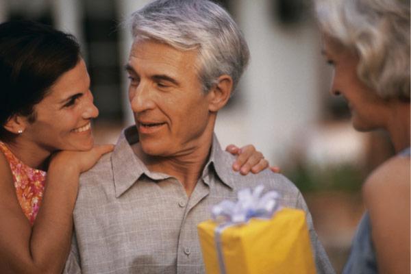 idee regalo per le nozze di perla a un uomo
