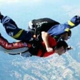 Lancio con paracadute
