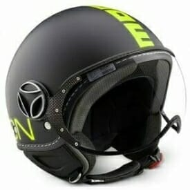 Casco momo design